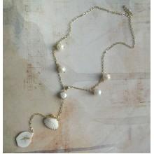 Авторское белоснежное колье-лариат с раковиной и барочным жемчугом